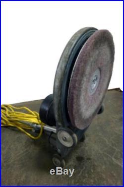 Betco Crewman 1600 Floor Burnisher Polisher Scrubber Machine 1600 RPM With  Pads