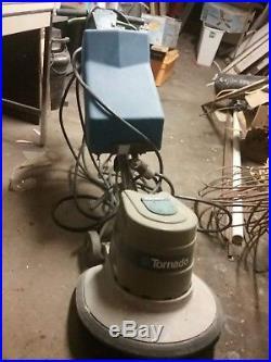 Tornado Floor Buffer, 17.5 inch pads
